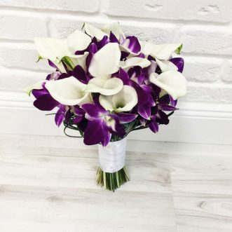 Букет невесты из орхидей и калл «Для тебя»